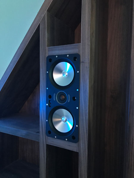Gleneagles integrated speaker