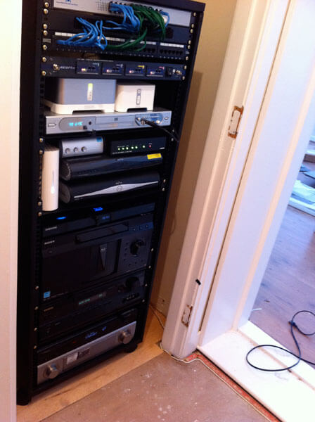 HDTV installs East Kilbride AV rack